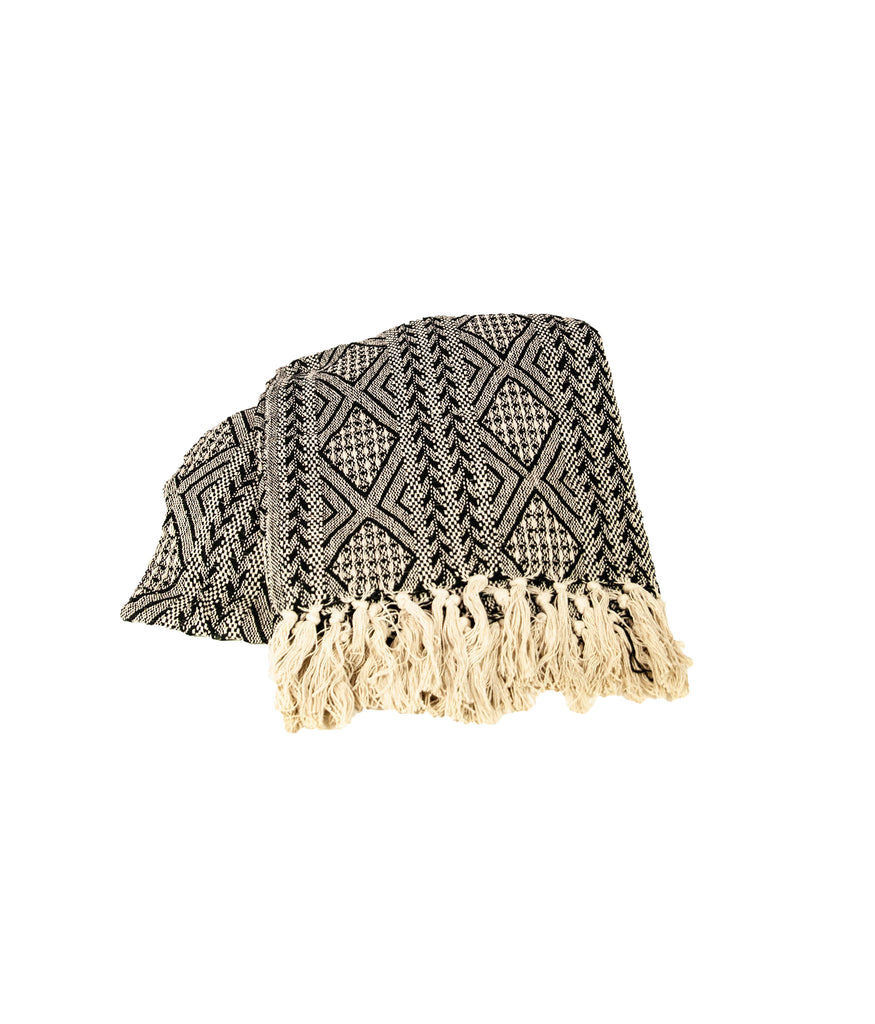 Natural woven patterned throw