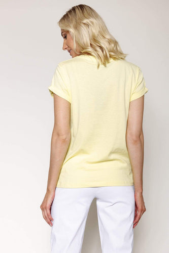 Kelly & Grace Weekend Tops Basic Tee in Yellow