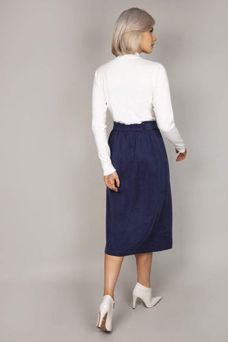 Rowen Avenue Skirts Belted Button Front Skirt in Navy