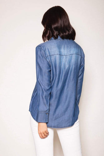 Kelly & Grace Weekend Shirts Chambray Shirt in Denim