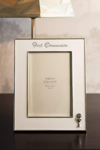 Carraig Donn Living Photo Frame Communion Silver Frame 5x7