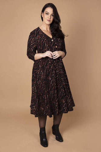 Nova of London Dresses Black / 18 / Midi Curve - Animal Button Detail Dress in Black
