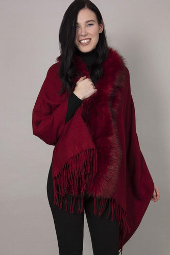 SOUL Accessories Ponchos Burgundy / One Fringe Faux Fur Front Edge Poncho in Burgundy