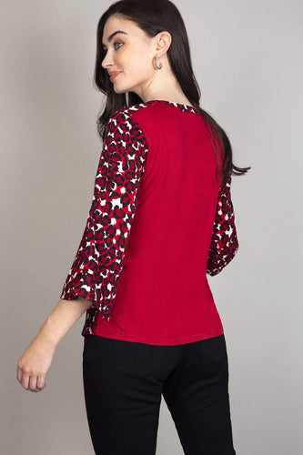 Rowen Avenue Tops Knit Back Top in Red