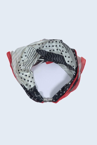 SOUL Accessories Scarves Red Magnetic Scarf in Red