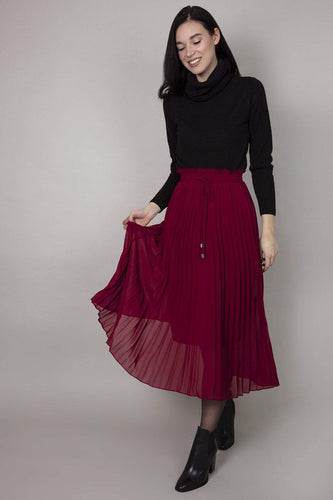 Rowen Avenue Skirts Pleated Skirt in Burgundy