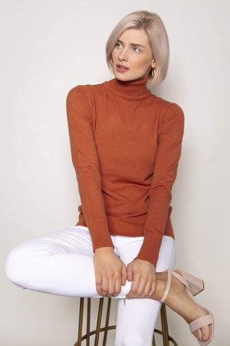 J'aime la Vie Jumpers Polo Knit in Brown
