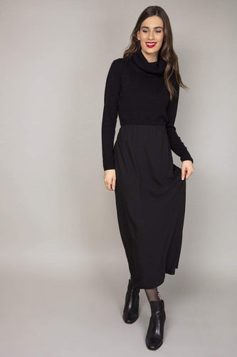 Rowen Avenue Skirts Black / 10 Sacha Maxi Skirt in Black