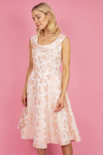 Daisy May Dresses Scoop Neckline Full Dress in Pink