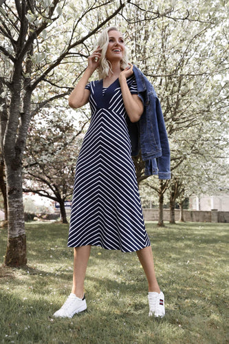 Kelly & Grace Weekend Dresses Stripe Midi Dress in Navy