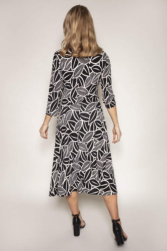 J'aime la Vie Dresses Swing Dress in Monochrome Print