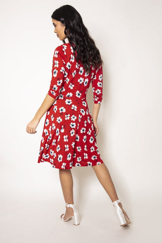J'aime la Vie Dresses V-Neck Ruched Dress in Red