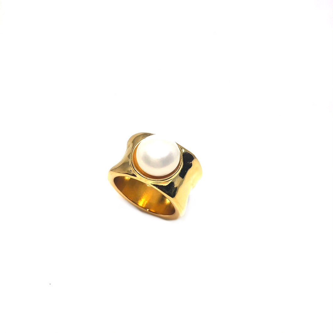 Hammered Gold Plated Pearl Ring,Statement Gold Pearl Ring,Topaz Jewelry