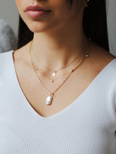 Load image into Gallery viewer, Toggle Pear Necklace ,Baroque Pearl Necklace - Topaz Jewelry
