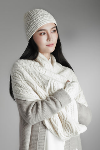 Cashmere cable knit hat/gloves/scarf