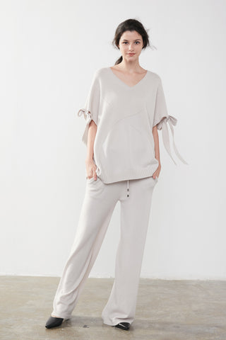 Round-neck cashmere sweater / Wide-leg cashmere pants