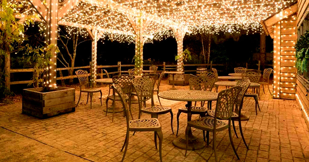 17-Meter String of 100 LED Solar-Powered Fairy Lights - 99 SANTA