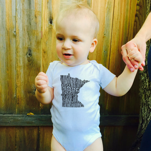 Ingrained Minnesota Baby bodysuit