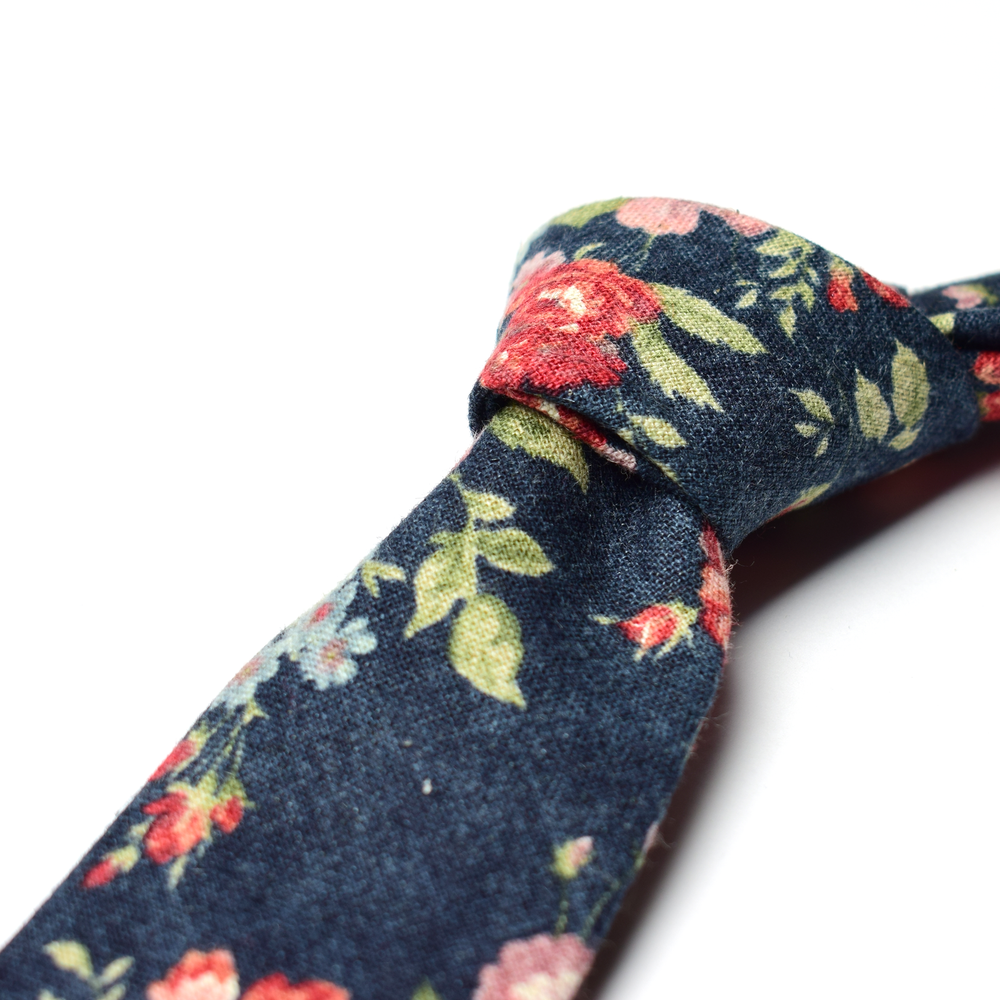 Denim Roses Necktie