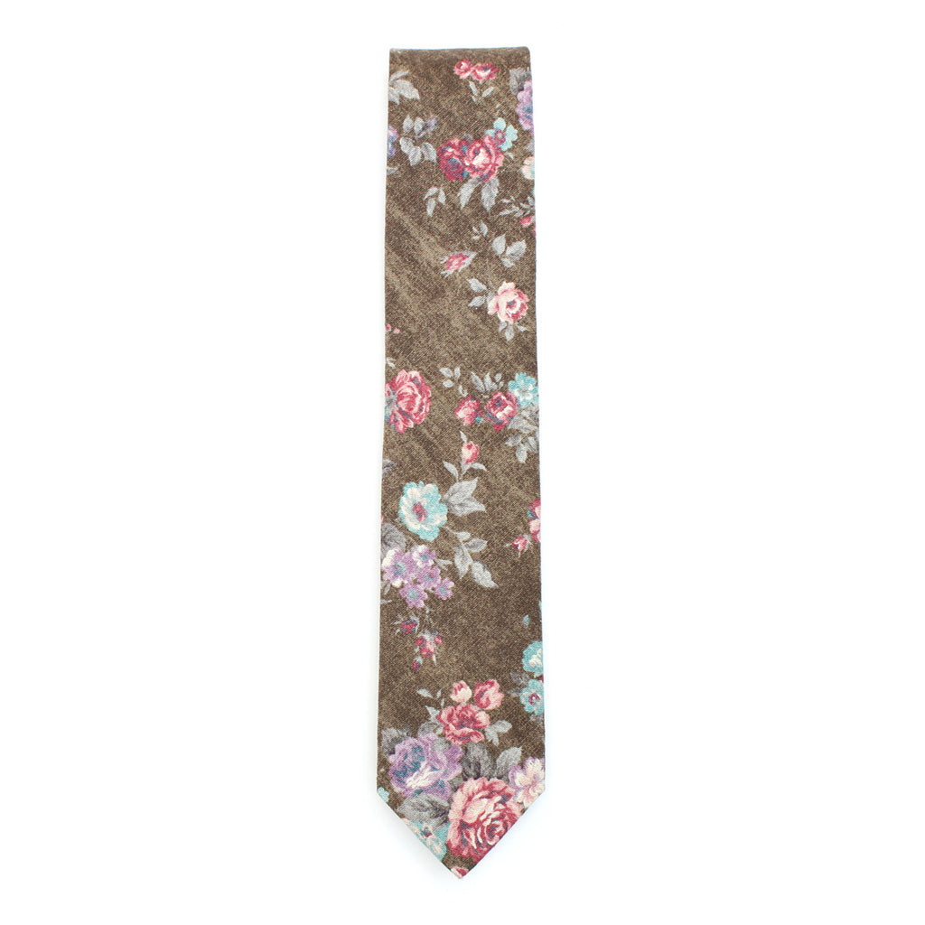 The Denim Roses necktie by Olaf Olsson is thick and soft and made from Japanese cotton from Japan.