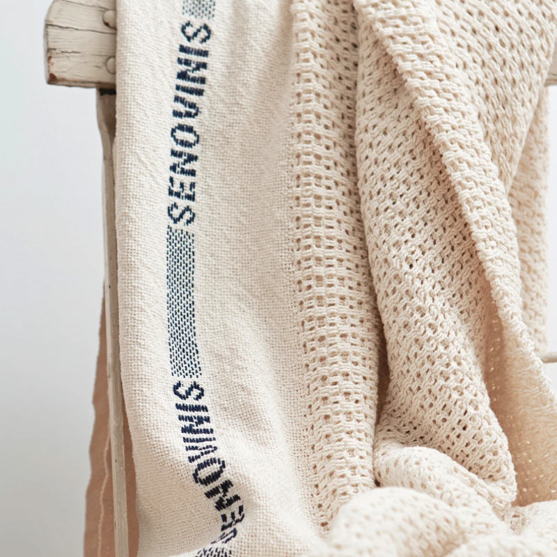 Cotton-Blanket-Senovinis