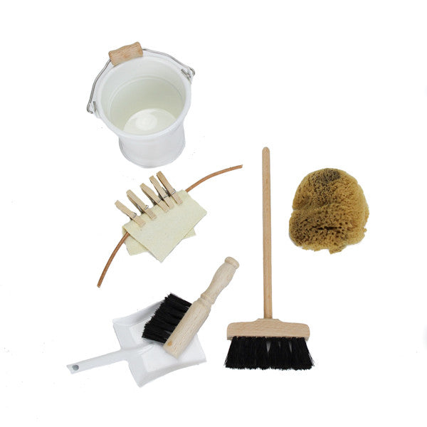 Dolls-Cleaning-Supplies