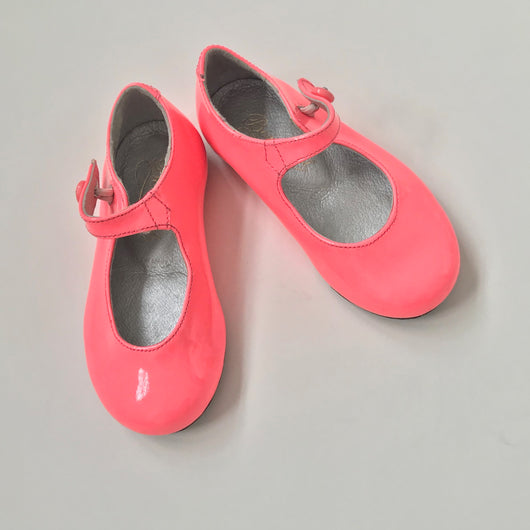 Bonpoint Neon Pink Patent Mary-Jane Shoes
