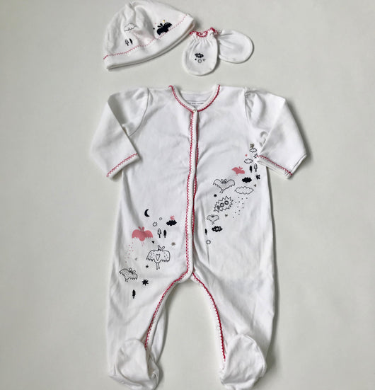 Little Marc Jacobs White Onesie With Matching Hat And Scratch Mittens