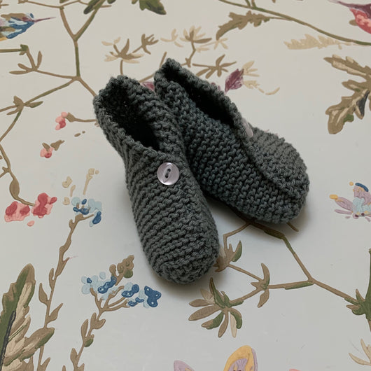 Olive Green Knitted Booties: Newborn