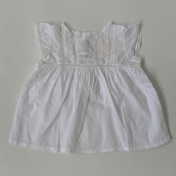Bonpoint White Lace Trim Sleeveless Blouse: 6 Months
