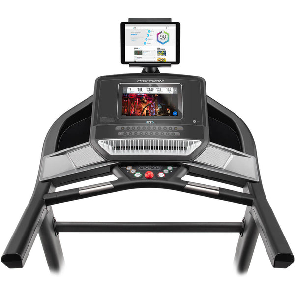 ProForm SMART Performance 600i Treadmill PFTL79518 + 1 Year iFit Included
