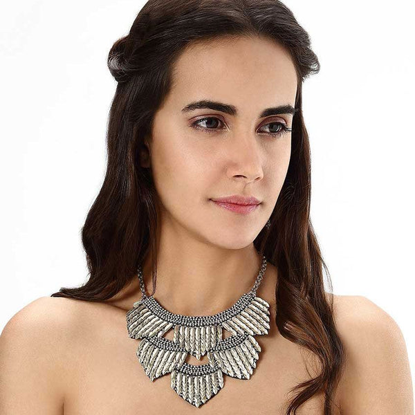 Model Wearing Deepa by Deepa Gurnani Handmade Meadow Necklace in Silver