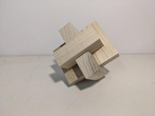 Wood Knot Puzzle