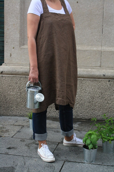 Japanese apron. Linen pinafore brown.