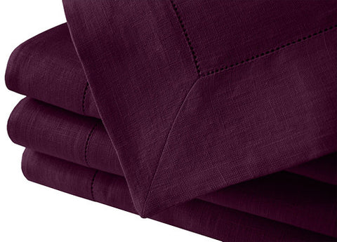 Luxurious purple 100% linen tablecloth with hemstitch available in many large sizes. This elegant and minimalistic Scandinavian style linen tablecloth suits well for Christmas, wedding or any other festive dinner. Fast and cheap shipping worldwide