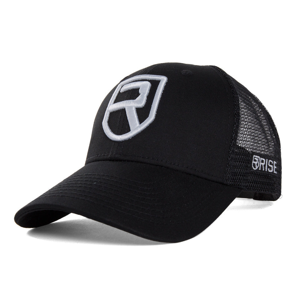 Performance Snapback – Black
