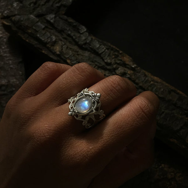 antique silver moonstone ring