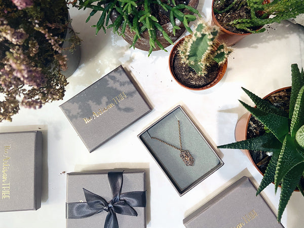 luxury eco friendly jewellery gift packaging