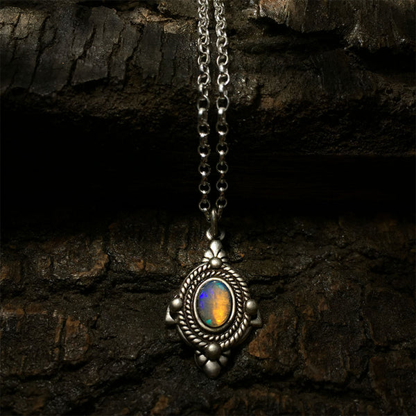 opal welo necklace