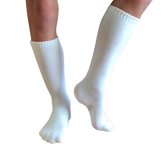 1 PAIR - White Knee-High Socks