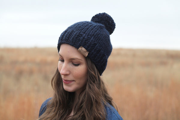 Classic Chunky Knit Beanie in Navy