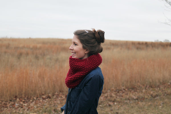 Chunky Knit Neck Warmer in Cranberry