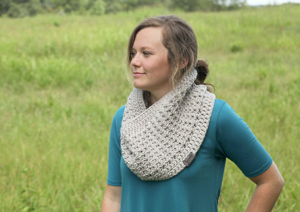 Crochet Cowl with Faux Ribbing in Light Gray