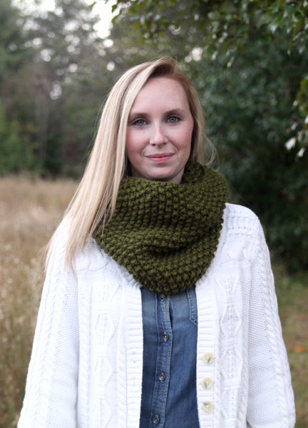 Chunky Knit Neck Warmer in Sage Green