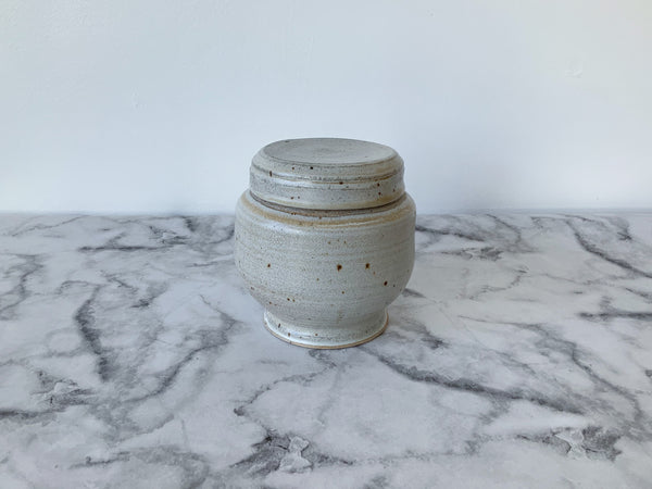 Jar | Speckled White