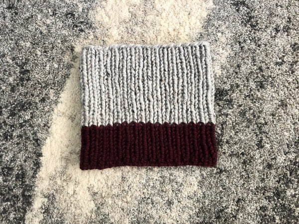Chunky Knit Ribbed Neck Warmer in Gray and Wine