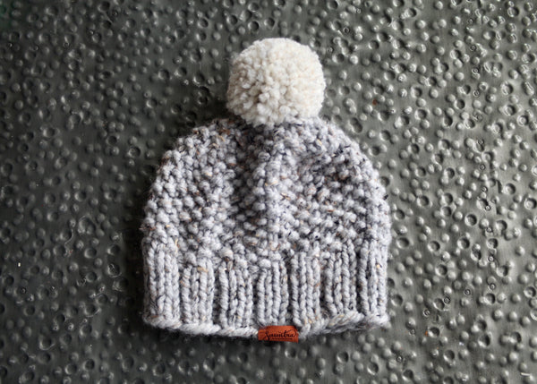 Chunky Seed Stitch Beanie in Natural Gray