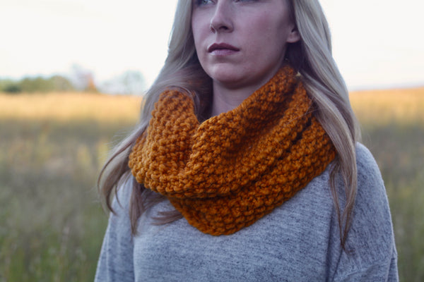 Chunky Knit Neck Warmer in Butterscotch