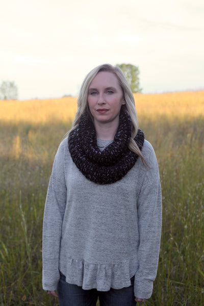 Chunky Knit Ribbed Neck Warmer in Charcoal