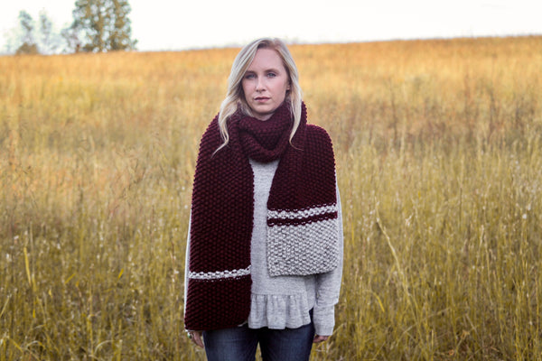 Classic Chunky Knit Colorblock Scarf in Wine and Gray